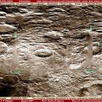 月面のクリスタルタワー