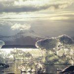 南極の重力異常